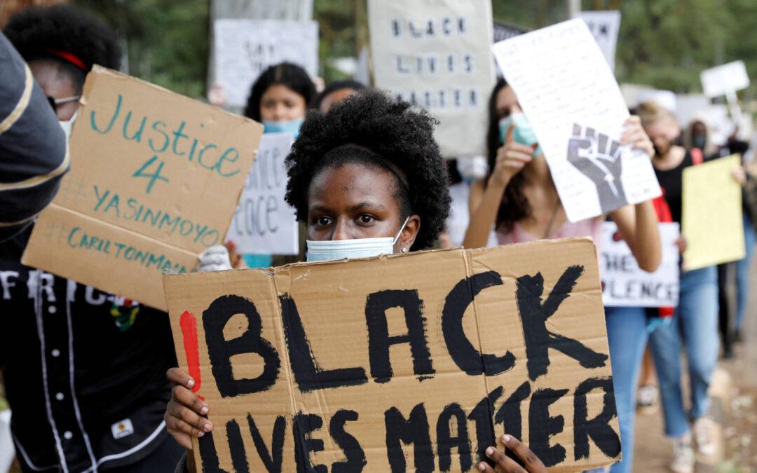 """""""¿Es la sociedad norteamericana racista? ¿Y la nuestra?"""". Por Gemma Pérez"""